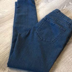 💦 Forever 21~~Skinny Jeans 💦